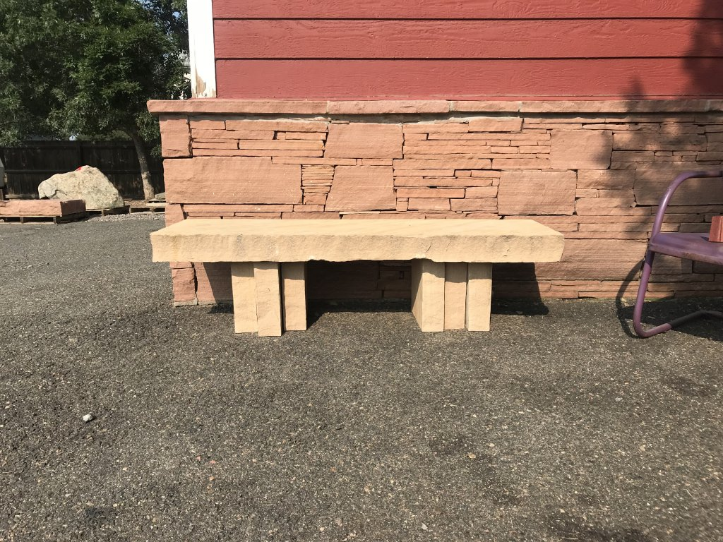 ARIZONA BUFF BENCH WITH VERTICAL STACKED LEGS